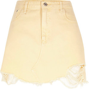 Light yellow ripped hem denim mini skirt