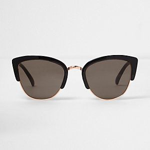 Zonnebril met zwart half montuur en grijze glazen