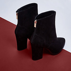Black pointed toe block heel ankle boots
