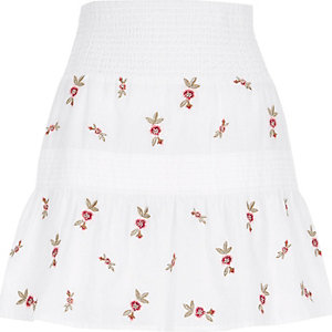 White shirred waist embroidered mini skirt