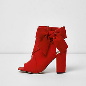 Red bow side shoe boots