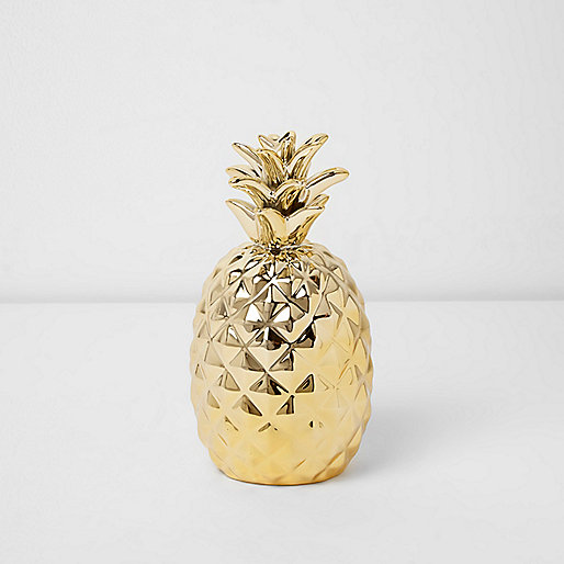 Gold tone pineapple ornament