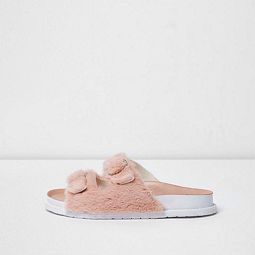 Pink fluffy strap sandals