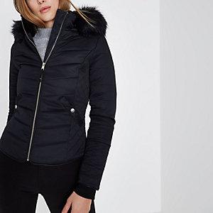 Marineblauwe gewatteerde jas met capuchon en imitatiebont