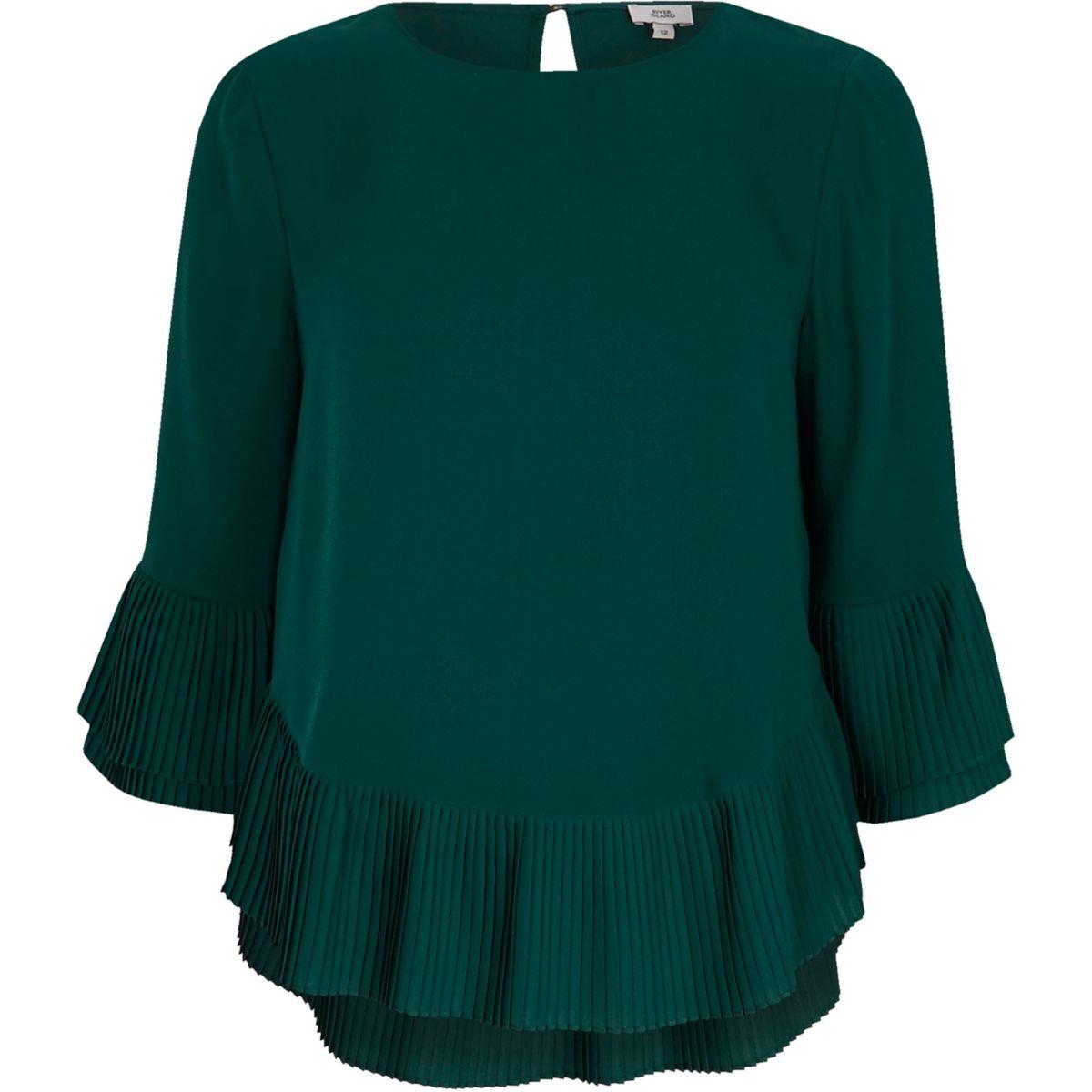 Green pleated hem top