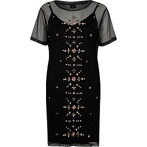 Robe t-shirt en tulle noire cloutée