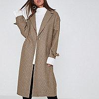 Brown check tie cuff coat