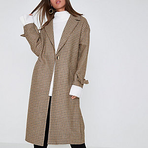 Brown check tie cuff coat