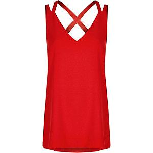 Rood hemdje met dubbele, gekruiste bandjes