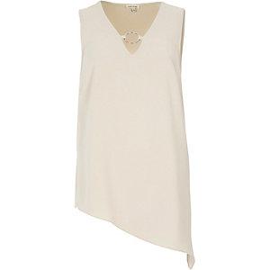 Light beige ring front vest