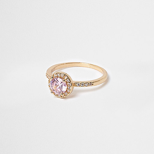 Gold tone pink jewel ring