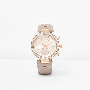 Lichtgrijs en roségoudkleurig horloge met siersteentjes