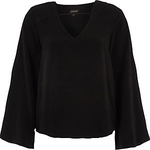 Black twist back long sleeve top