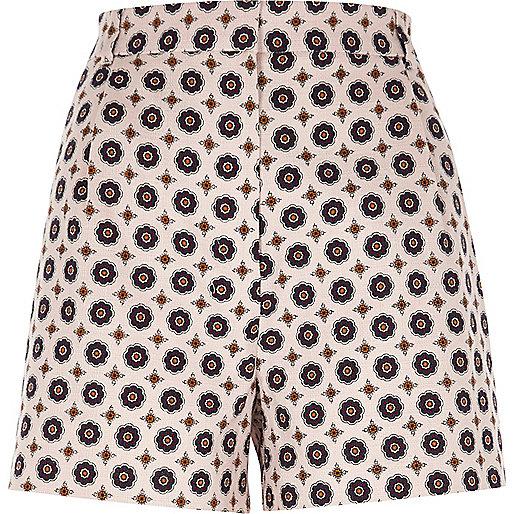 Pinke Shorts mit hohem Bund und geometrischem Muster
