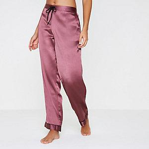 Bas de pyjama en satin rouge foncé