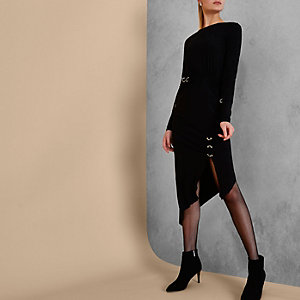 Ri Studio – Robe mi-longue noire asymétrique à œillets