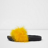 Yellow fluffy sliders