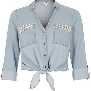Light blue embellished cropped denim shirt