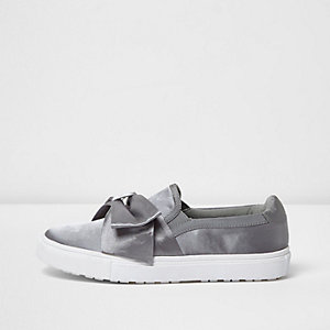 Grey satin bow front slip on plimsolls