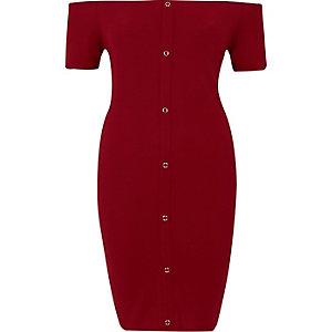 Donkerrode geribbelde mini-jurk in bardotstijl met drukknopen voor