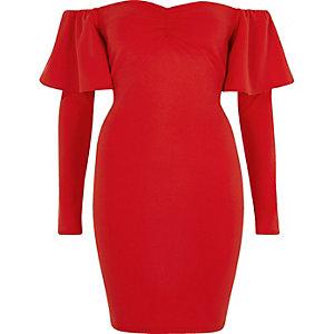 Mini-robe moulante Bardot rouge à manches longues