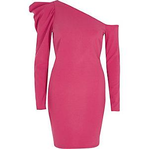 Roze bodyconjurk met één schouder en pofmouwen