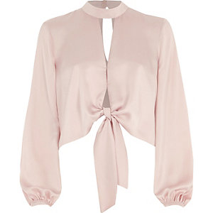 Light pink tie front long sleeve crop top