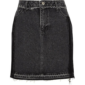 Washed black frayed trim denim mini skirt
