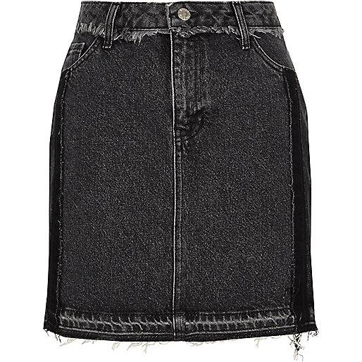 Washed black frayed trim denim mini skirt