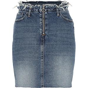 Jupe en jean bleu moyen effilochée à la taille