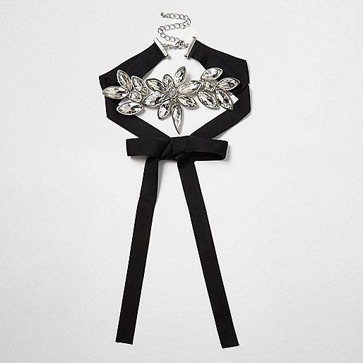 Zwarte chokerketting met diamantjes
