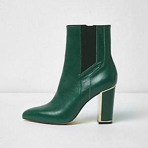 Groene puntige laarzen met blokhak
