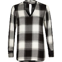 Black check choker neck long sleeve top