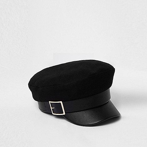 Black gold buckle baker boy hat