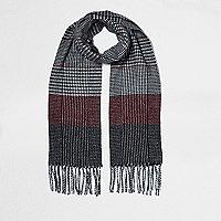 Zwarte met ossenbloedrode geruite sjaal