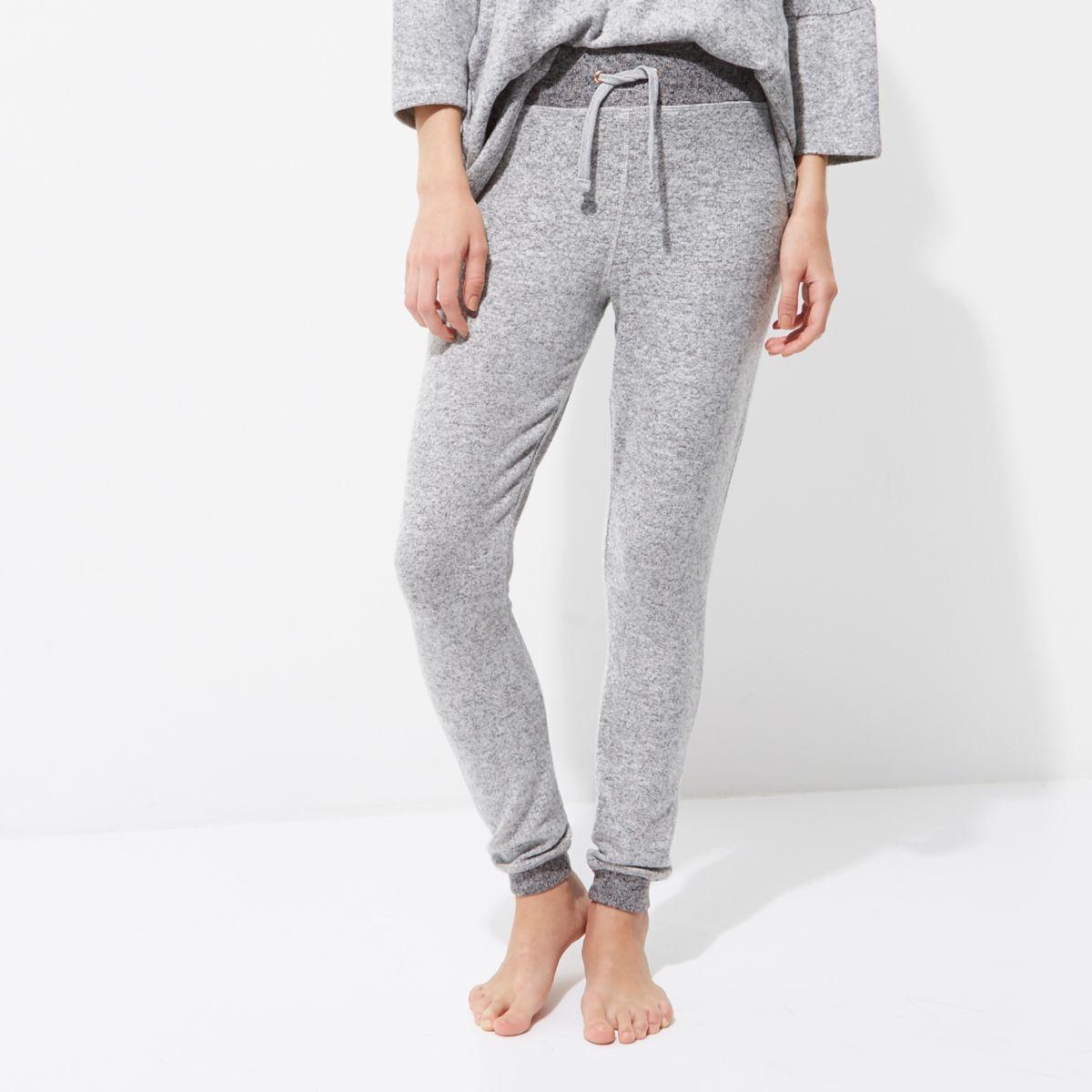 Light grey knitted pajama bottoms