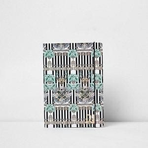 Blaues A5-Notizbuch mit Linien