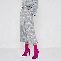 Jupe-culotte en maille à carreaux avec ourlet effiloché