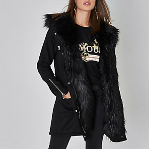 Black faux fur trim smart parka