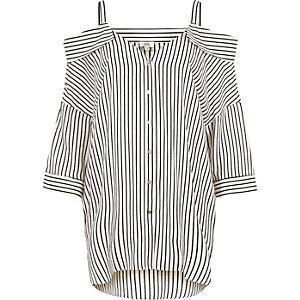 Chemise rayée blanche à épaules dénudées