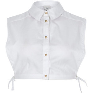 White longline collar bib