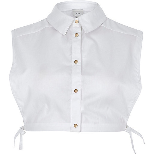 White longline collar bib