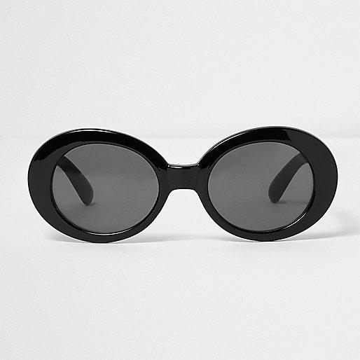 Black oval smoke lens sunglasses