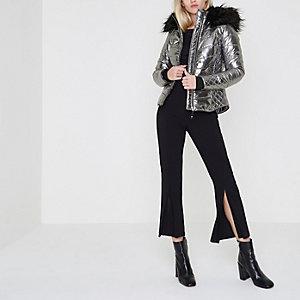 Zilverkleurig metallic gewatteerde jas met rand van imitatiebont