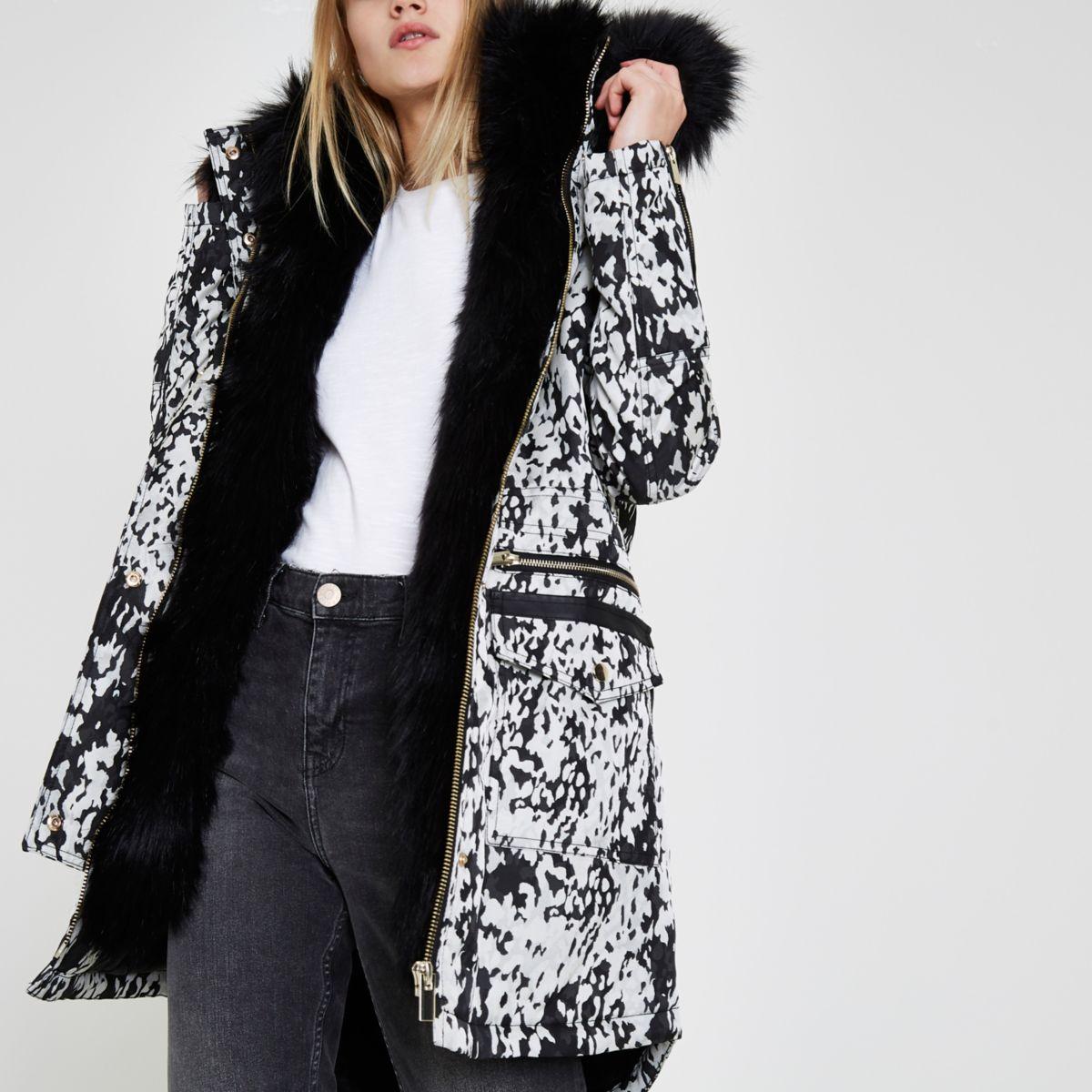 Black jacquard faux fur trim parka