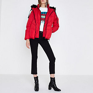Rote, wattierte Oversized-Jacke mit Kunstfellbesatz