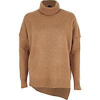 Camelkleurige pullover met asymmetrische zoom en col