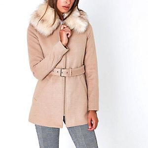Camel faux fur collar belted coat