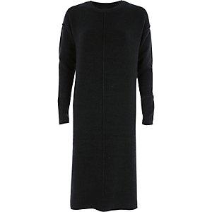 Donkergroene gebreide jurk met lange mouwen