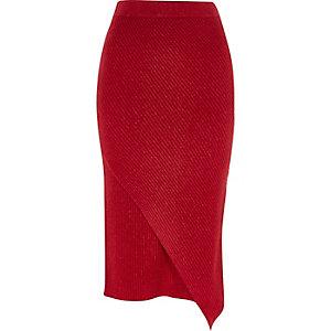 Jupe mi-longue croisée en maille rouge